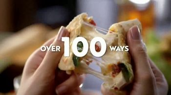 Olive Garden TV Spot, 'Best Option' Song by Eric Hutchinson - Thumbnail 8