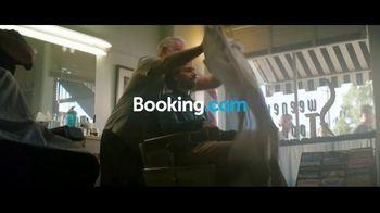 Booking.com TV Spot, 'Labor Day Deals' - Thumbnail 1