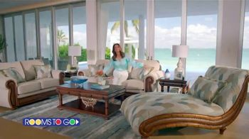 Rooms to Go Cindy Crawford Home TV Spot, 'Your Lifestyle' Song by Clean Bandit - Thumbnail 2