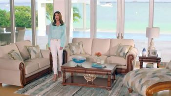Rooms to Go Cindy Crawford Home TV Spot, 'Your Lifestyle' Song by Clean Bandit - Thumbnail 4