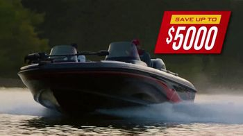 Bass Pro Shops Model Year-End Clearance TV Spot, 'Remaining 2019 Boats' - Thumbnail 7