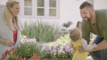 USAA TV Spot, 'Block Party' - Thumbnail 7