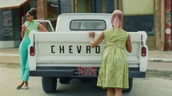 Chevrolet Silverado TV Spot, 'Industry Firsts' [T1] - 601 commercial airings