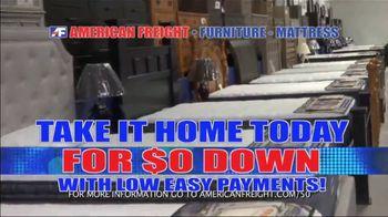 American Freight Mattress Blowout TV Spot, 'Deluxe Foam Mattress Sets and Cooling Gel Top Mattress' - Thumbnail 8