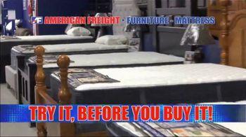 American Freight Mattress Blowout TV Spot, 'Deluxe Foam Mattress Sets and Cooling Gel Top Mattress' - Thumbnail 9
