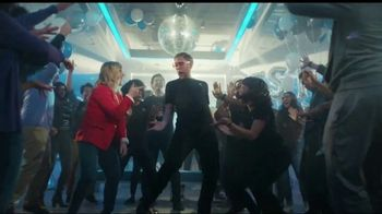 XFINITY Best Deal of the Year TV Spot, 'How It's Gonna Go Down: $40 a Month' Feat. Amy Poehler - Thumbnail 4