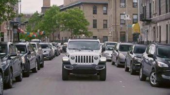 Jeep TV Spot, 'VICELAND Carpool' [T1] - Thumbnail 7