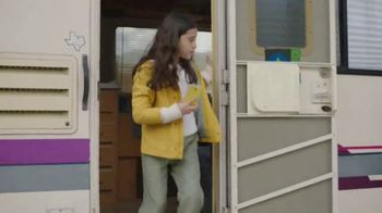 XFINITY Mobile TV Spot, 'Auto-Connect' Song by The Avalanches - Thumbnail 4