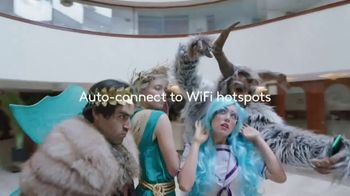 XFINITY Mobile TV Spot, 'Auto-Connect' Song by The Avalanches - Thumbnail 8
