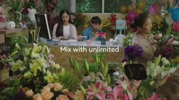 XFINITY Mobile TV Spot, 'Design Your Own Data' Song by The Avalanches - Thumbnail 7