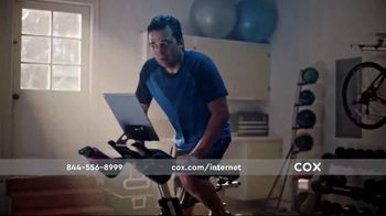 Cox Panoramic Wi-Fi TV Spot, 'All the Right Moves' - Thumbnail 3