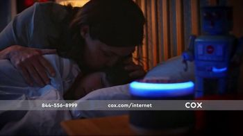 Cox Panoramic Wi-Fi TV Spot, 'All the Right Moves' - Thumbnail 7