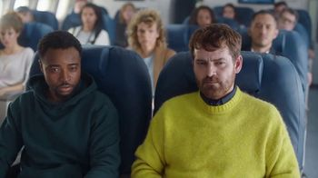 Mucinex 12 Hour TV Spot, 'Flight' - Thumbnail 7