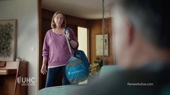 UnitedHealthcare Medicare Renew Active TV Spot, 'Gym' - Thumbnail 2