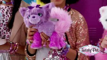 Twisty Petz Cuddlez TV Spot, 'Fuzzy Fashion' - Thumbnail 1