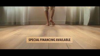 Lumber Liquidators TV Spot, 'Up to 24 Percent Off Waterproof Floors' - Thumbnail 7