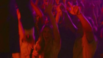 Michelob Golden Light TV Spot, 'Turn Up the Volume' Song by Yam Haus - Thumbnail 5
