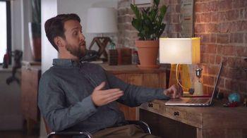Spectrum Mobile TV Spot, 'Housemates: Family' - Thumbnail 1