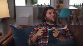 Spectrum Mobile TV Spot, 'Housemates: Family' - Thumbnail 6