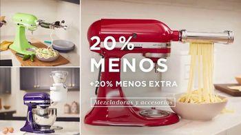 Macy's TV Spot, 'Los precios más bajos de la temporada: ropa y mezcladoras' [Spanish] - Thumbnail 4