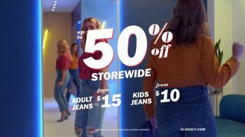 Old Navy High-Rise Slim Straight Jeans TV Spot, 'Reunion: 50 Percent Storewide' Feat. Busy Philipps - Thumbnail 7