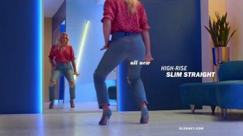 Old Navy High-Rise Slim Straight Jeans TV Spot, 'Reunion: 50 Percent Storewide' Feat. Busy Philipps - Thumbnail 3