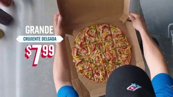 Domino's Large 3-Topping Pizza TV Spot, '$7.99 Everything' [Spanish] - Thumbnail 4