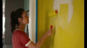 The Home Depot TV Spot, 'Más color: pintura Behr' [Spanish] - Thumbnail 6