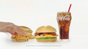 Chick-fil-A Smokehouse BBQ Bacon Sandwich TV Spot, 'Jarell and Brittany: It's Back' - Thumbnail 10