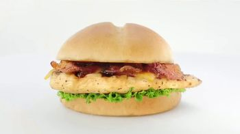 Chick-fil-A Smokehouse BBQ Bacon Sandwich TV Spot, 'Jarell and Brittany: It's Back' - Thumbnail 8
