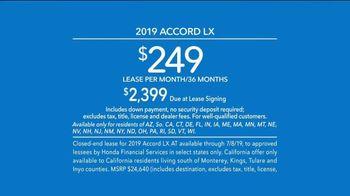 2019 Honda Accord LX TV Spot, 'All by Itself' [T2] - Thumbnail 8