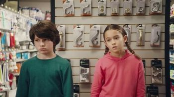 Lunchables TV Spot, 'Mixed Up: Hardware Store' - Thumbnail 2