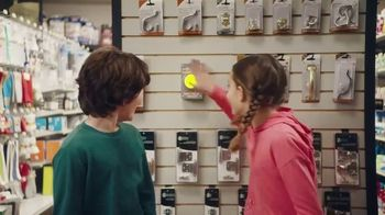 Lunchables TV Spot, 'Mixed Up: Hardware Store' - Thumbnail 3