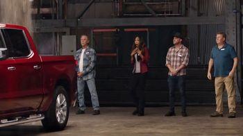 2019 Chevrolet Silverado TV Spot, 'Full of Surprises' [T2] - Thumbnail 4
