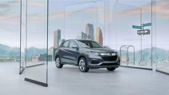 2019 Honda HR-V LX TV Spot, 'City Living & Outdoor Adventure' [T1] - Thumbnail 1