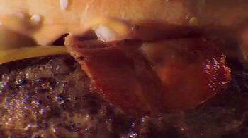 McDonald's Grand McExtreme Bacon Burger TV Spot, 'El favorito de España' [Spanish] - Thumbnail 3