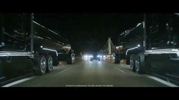 2019 Nissan Rogue TV Spot, 'Lo que mueve a la gente' canción de AWOLNATION [Spanish] [T2] - Thumbnail 3