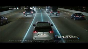 2019 Nissan Rogue TV Spot, 'Lo que mueve a la gente' canción de AWOLNATION [Spanish] [T2] - Thumbnail 4