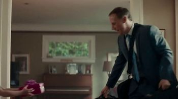 Macy's Father's Day Sale TV Spot, 'Extra 25 Percent Off' - Thumbnail 3