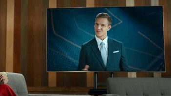 Hotwire TV Spot, 'More for Less' Featuring Kate Abdo, Stuart Holden - Thumbnail 6