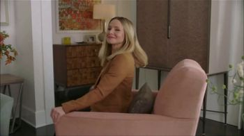 La-Z-Boy Father's Day Sale TV Spot, 'Subtitles' Featuring Kristen Bell - Thumbnail 1