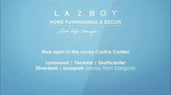 La-Z-Boy Father's Day Sale TV Spot, 'Subtitles' Featuring Kristen Bell - Thumbnail 10