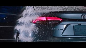 2020 Toyota Corolla TV Spot, 'Rainy Day' Featuring Matty Cardarople, Song by Chaka Khan [T1] - Thumbnail 2