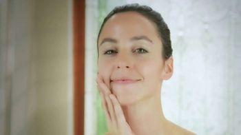 Sarah Swanson Beauty Bar TV Spot, 'Designer Travel Case' - Thumbnail 5