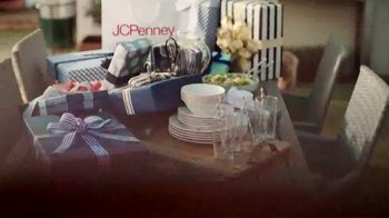JCPenney TV Spot, '2019 Father's Day: Extra Love' - Thumbnail 4