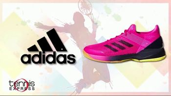 Tennis Express Summer Sale TV Spot, 'Favorite Shoes, Apparel and Free Stringing' - Thumbnail 2