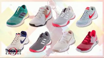 Tennis Express Summer Sale TV Spot, 'Favorite Shoes, Apparel and Free Stringing' - Thumbnail 3