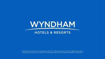 Wyndham Worldwide TV Spot, '10 Minutes Away: Sea Legs' - Thumbnail 8