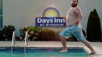 Wyndham Worldwide TV Spot, '10 Minutes Away: Sea Legs' - Thumbnail 5