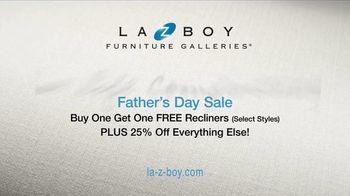 La-Z-Boy Father's Day Sale TV Spot, 'BOGO Recliner Event' - Thumbnail 8